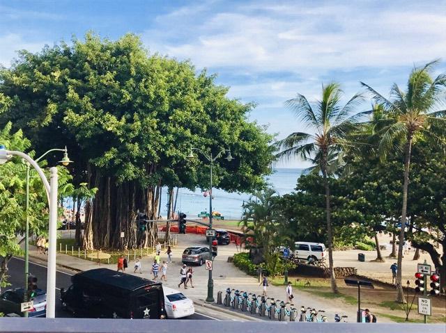 ハワイのハイアットクラブラウンジ