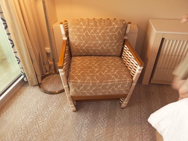 改装後の椅子シェラトンワイキキ