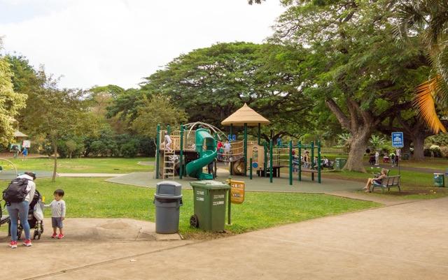 子供が遊べるホノルル動物園